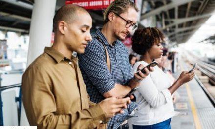 Bátrabban mobilnetezünk, mióta az EU-ban megszűntek a roamingdíjak