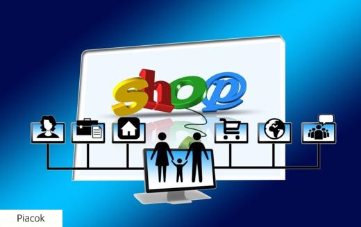 Helycsere a webáruházak toplistáján, megújuló online vevők