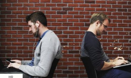 A szaktudás gyors elévülésétől félnek az IT-szakemberek