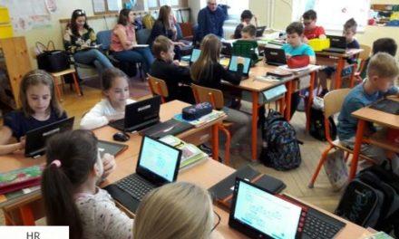 Tabletnindzsák helyett digitális tanárok a 21. században