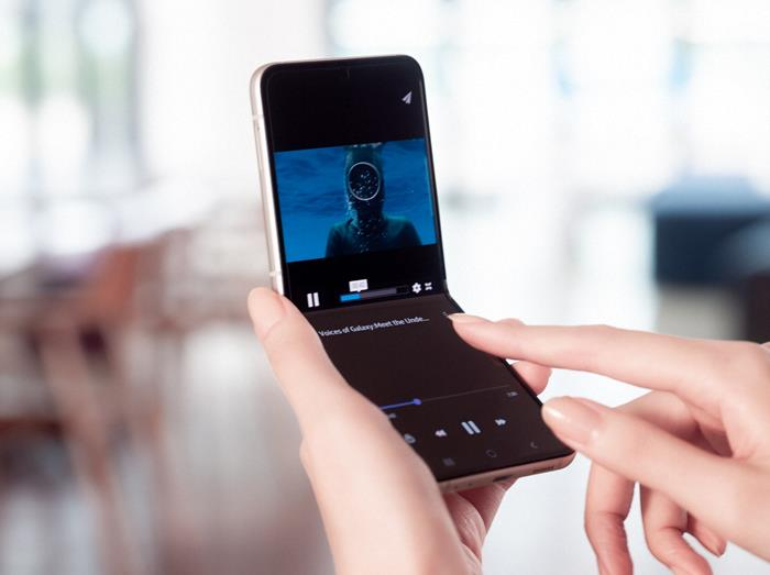 Összehajtható telefonok